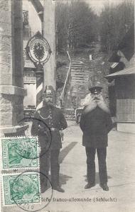 Col de la Schlucht frontiere franco-allemande 1911 2 people