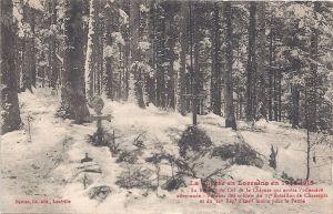 05 Col de la Chipote graves with kepi